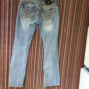 Miss me jeans size 27, like new!!
